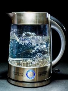 Heißes Wasser beim Dampfreiniger
